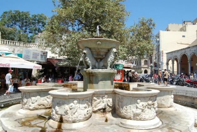 Ηράκλειο: Χωρίς νερό για δύο ημέρες η Κρήνη Μοροζίνι