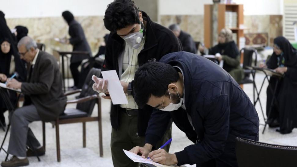 Κορωνοϊός: 25 εκατομμύρια Ιρανοί έχουν μολυνθεί από τον ιό