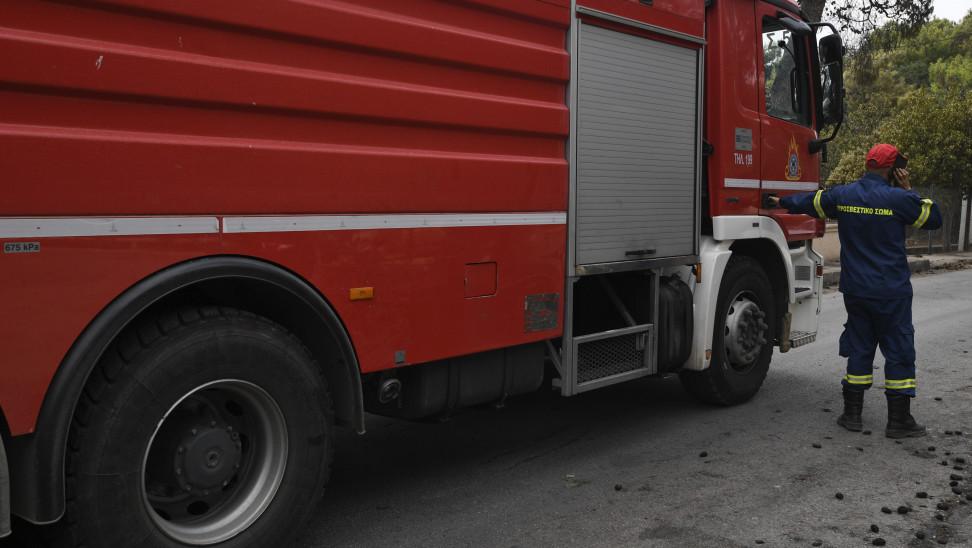 Mεγάλη φωτιά στη Λέσβο - Ενισχύθηκαν οι δυνάμεις