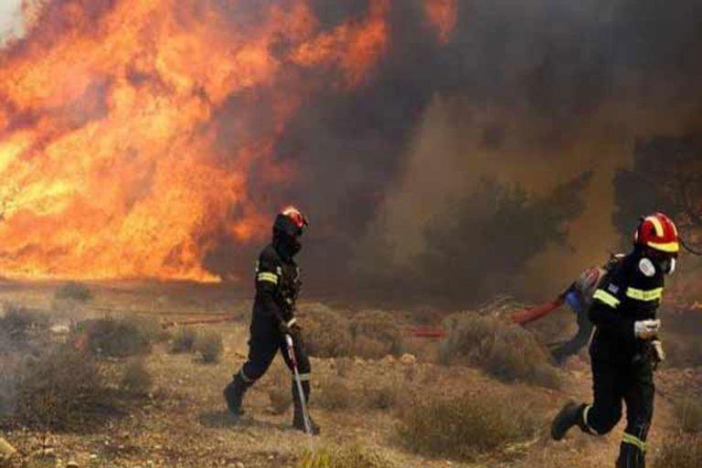 Μεγάλη φωτιά στην Κρήτη – Ζητήθηκε συνδρομή ελικοπτέρου