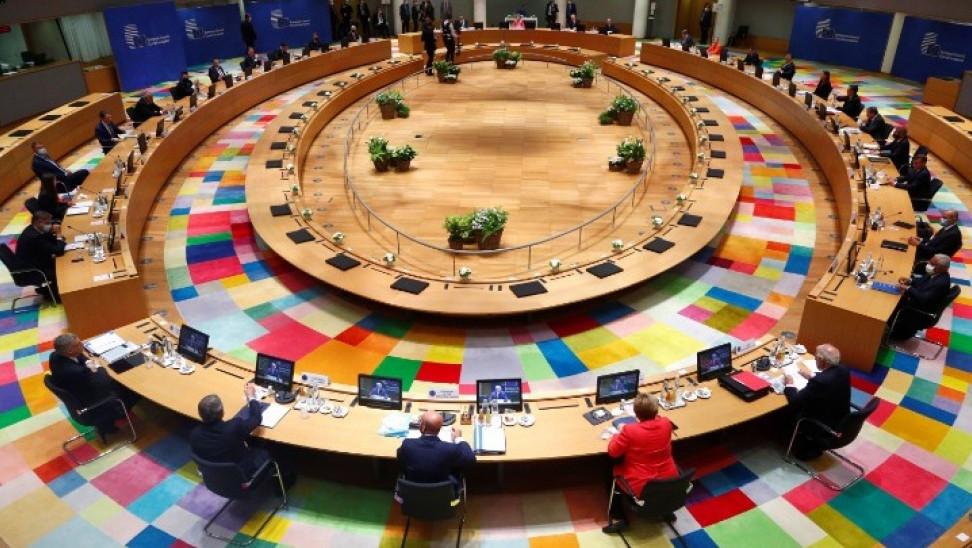 Σύνοδος Κορυφής: Νέα συμβιβαστική πρόταση Μισέλ- Στα 390 δισ. ευρώ οι επιχορηγήσεις