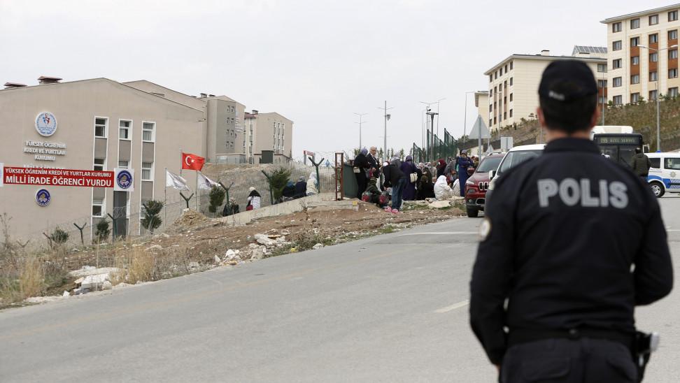 Τουρκία: 4 στρατιώτες σκοτώθηκαν και 27 τραυματίστηκαν από ανατροπή λεωφορείου