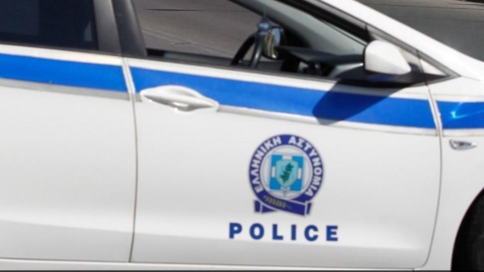 Εντατικοί έλεγχοι της Αστυνομίας και συλλήψεις σε Πάρο, Μύκονο και Σαντορίνη