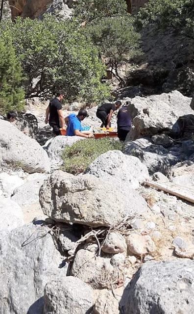 Κρήτη: Επιχείρηση διάσωσης από την Πυροσβεστική – Έκαναν πεζοπορία εν μέσω καύσωνα (εικόνες)