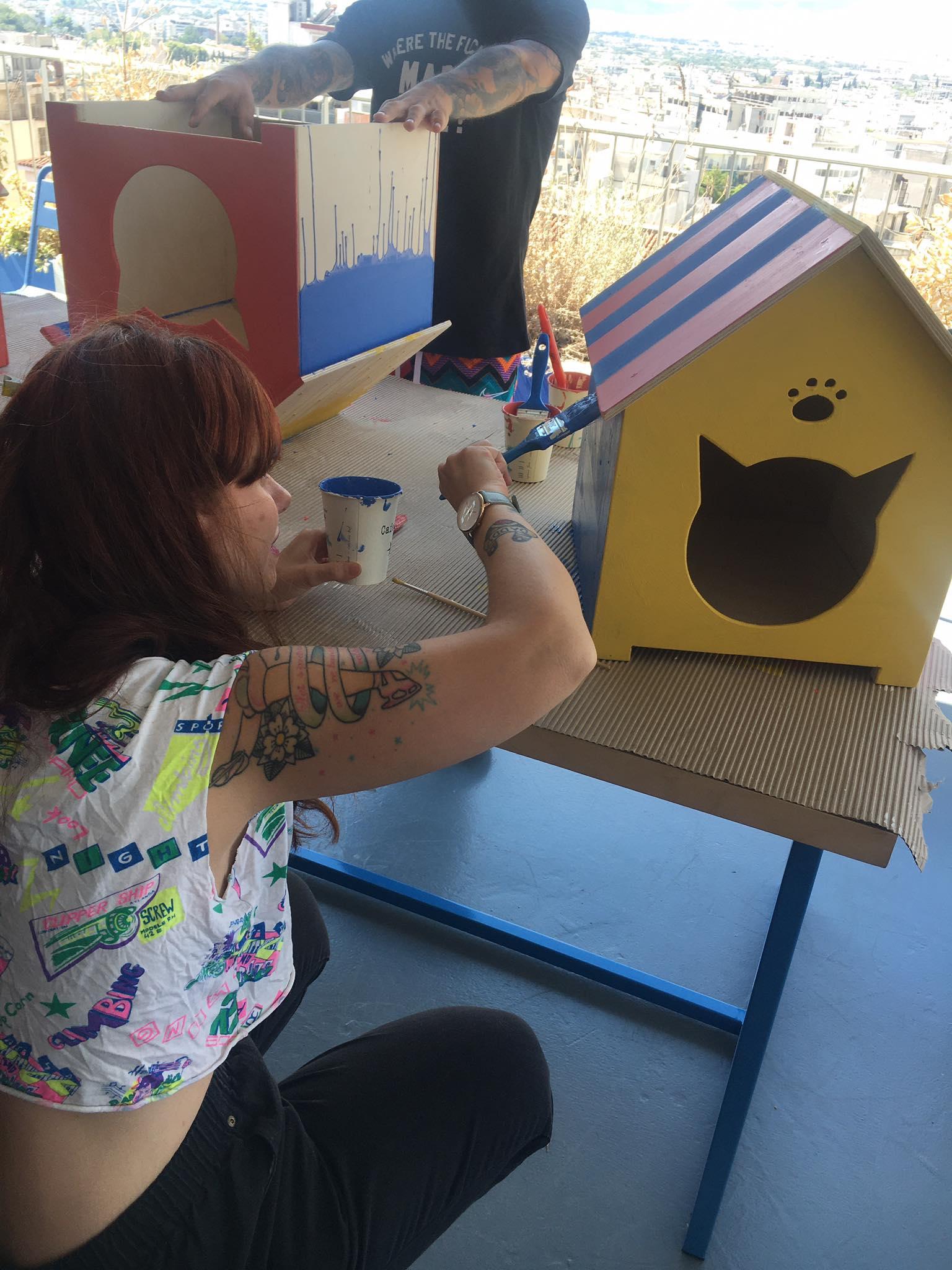 Η Αθήνα γεμίζει με έργα τέχνης-σπίτια για αδέσποτες γάτες #arts4cats