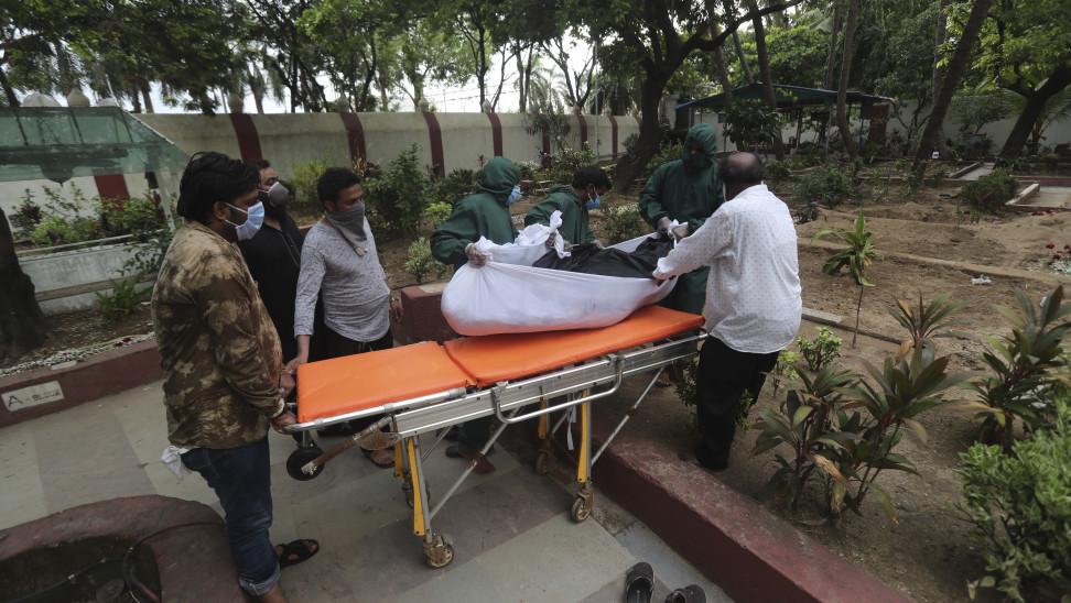 Ινδία: Πάνω από 90.000 κρούσματα κορωνοϊού και 1.290 θάνατοι σε 24 ώρες