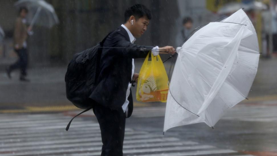 ΗΠΑ: Η τροπική καταιγίδα Σάλι αναμένεται να εξελιχθεί σε κυκλώνα κατηγορίας 2