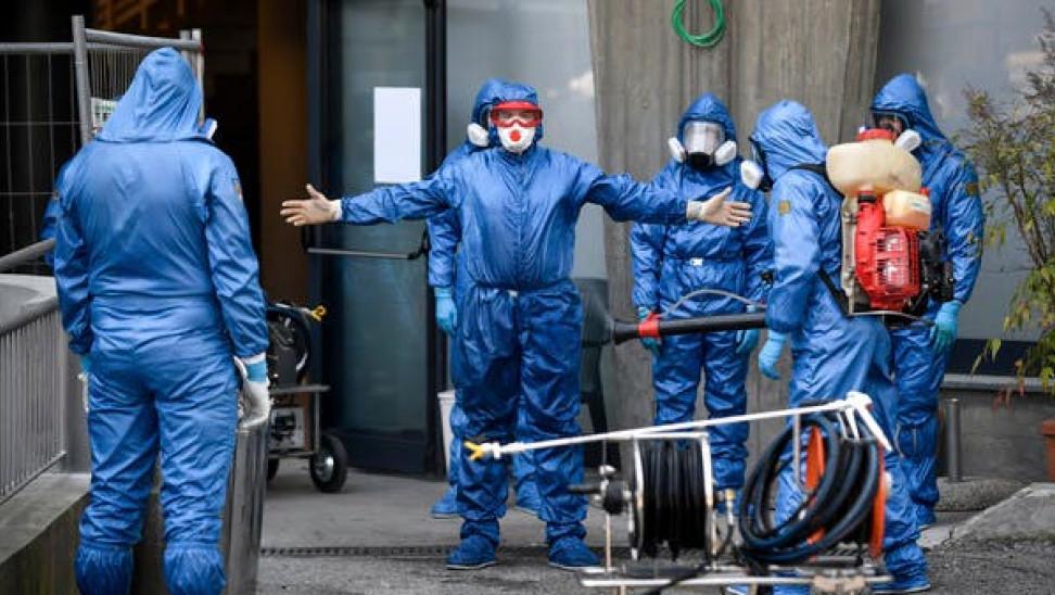 Ιταλία-Κορωνοϊος: 221 οι νεκροί σε 24 ώρες Τα νοσοκομεία χρειάζονται 4.000 γιατρούς