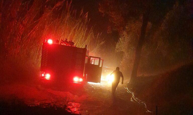 Κρήτη: Πυροσβεστικό όχημα «κόλλησε» στο χαλάζι (εικόνες)