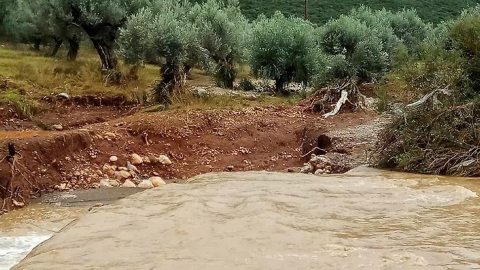 Καθιζήσεις και καταπτώσεις βράχων σε ορεινές περιοχές της Καλαμπάκας και της Πύλης