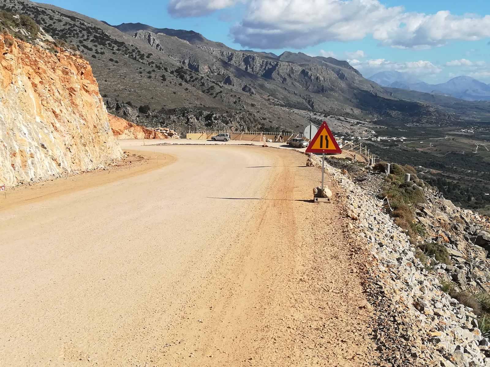 Κρήτη: Επίσκεψη Καλογερή σε οδικά έργα (εικόνες)