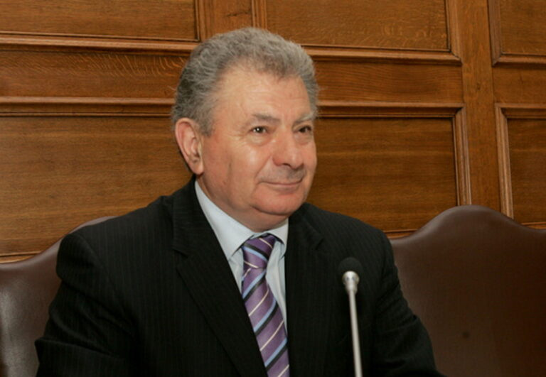 Κρήτη: Ψήφισμα Δημοτικού Συμβουλίου για την απώλεια του Σ. Βαλυράκη
