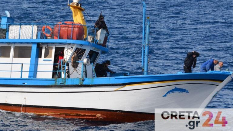 Το αλιευτικό στην Κρήτη που έκρυβε 1,3 τόνους «σοκολάτας»