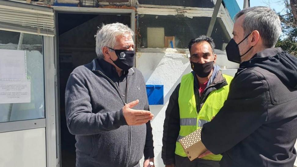 Εργαζόμενοι στην καθαριότητα της Θεσσαλονίκης βρήκαν και παρέδωσαν τσάντα με 1.000 ευρώ