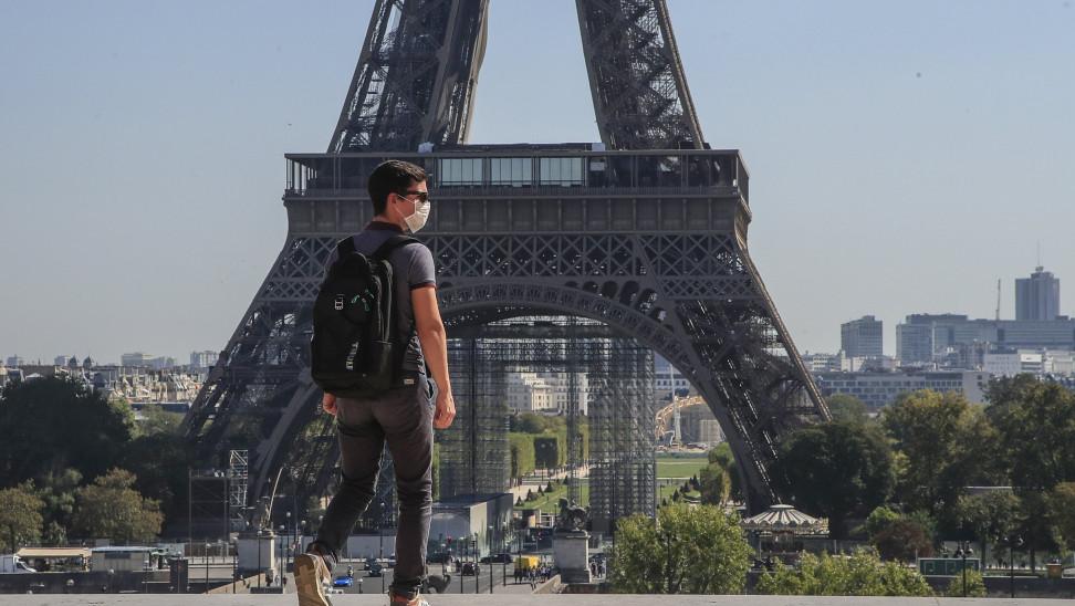 Κορωνοϊός- Γαλλία: Κόκκινος συναγερμός στα νοσοκομεία και ενθαρρυντικές ενδείξεις μετά τα lockdown