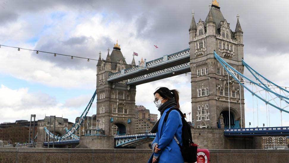 Μείωση 60% στα κρούσματα Covid στην Αγγλία μεταξύ Φεβρουαρίου και Μαρτίου